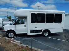 2008 CHEVROLET EXPRESS Bus