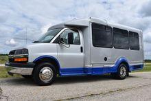 2007 CHEVROLET EXPRESS Bus