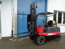 LINDE Gas Forklift, 3 t, 3.3 m