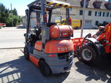 TOYOTA Gas forklift 42-6 FGF 15