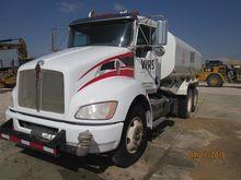 2011 Kenworth T370-4000 Water T