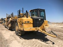 2014 Caterpillar 627H Scrapers