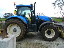 2015 NEW HOLLAND T7.235