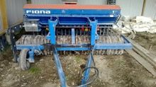 FIONA 3M SEED BOX ROLLER DRILL