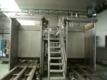 Depalletizer for glass jars and