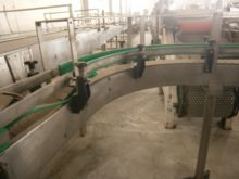 Hinged belt conveyor in stainle