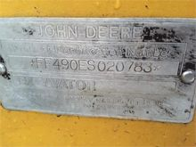 Used DEERE 490E in L
