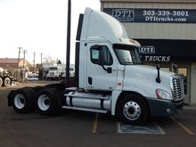 2010 Freightliner Cascadia 125