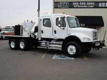 2010 Freightliner M2-112V #1085