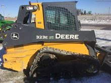 2016 John Deere 323E