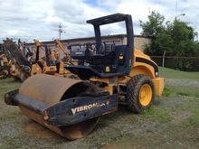 2006 Vibromax VM75D Single drum