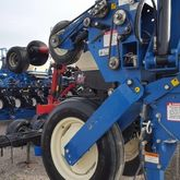 Used KINZE 3600 in A