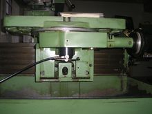 1985 CNC Tool Milling Machine M