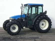 Used 2002 Holland T4