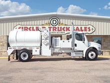 2003 FREIGHTLINER BUSINESS CLAS