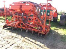 2005 Kuhn VENTA AL402/HR4003D
