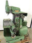 A17030 Universal milling machin