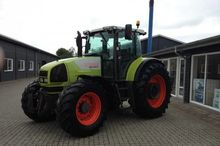 2002 CLAAS 836 Tractor