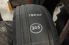 18R22.5 Tires