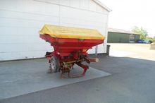 1991 Bredal B2 fertilizer sprea