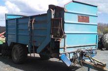 1996 12 M3 fodder mixing wagon