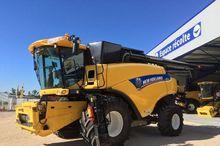 2013 New Holland CR8080 4WD Com
