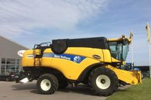 2013 New Holland CX 8040 FSH Co