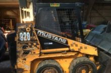 Mustang 920E Compact loader