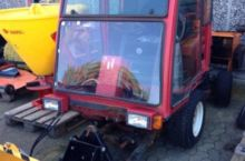 2005 Toro 223-D Equipment carri