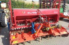 2005 Kuhn HR 3003 PTO-powered i