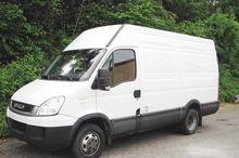 2011 35C17 EEV Car/truck