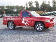 2004 Dodge RAM 1500 SUV & truck