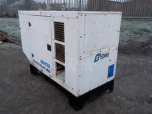 2009 SDMO R90 Generator