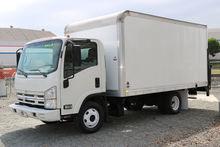 2011 Isuzu NPR 14ft Box Van lif