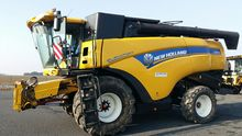 2015 New Holland CX8070STANDA