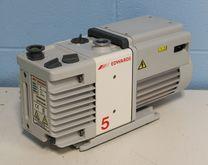 Edwards RV5 Vacuum Pump