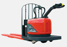 2011 Linde Power Pallet Jack