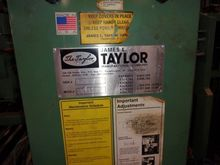 TAYLOR Dual Clamp Carrier-