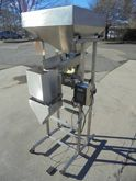 Single Head Weigh Scale Filler,