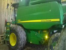 Used John Deere T560
