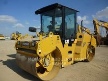 2011 Caterpillar CB-534D
