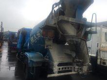 ISUZU trucks, cement 15732