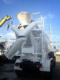 ISUZU trucks, cement 10930