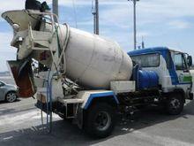 Select cement trucks NISSAN 708