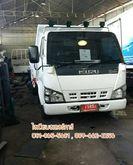 Isuzu - NKR 13,303 four-wheel t