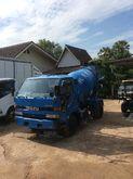 ISUZU trucks, cement 11985