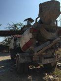 Hino trucks, cement 11302