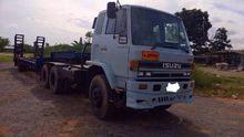 ISUZU trucks + car semi-9263.
