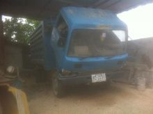 Used NISSAN Truck Tr