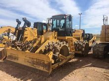 2012 CATERPILLAR INC. 815F II